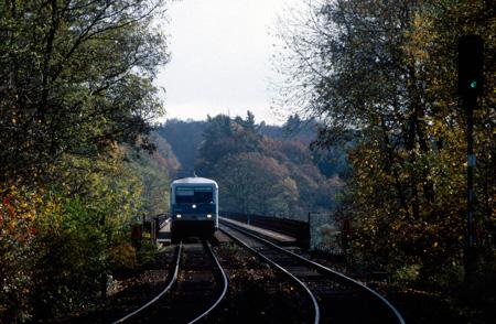 628 auf der Müngstener Brücke - Einfahrt Schaberg - um 1995