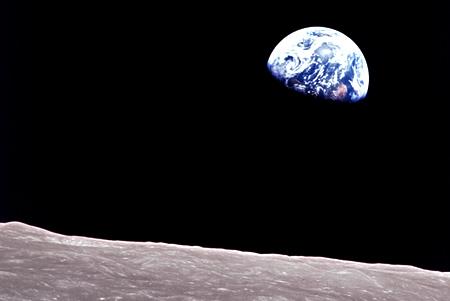 Die Erde aus der Mondumlaufbahn. Quelle: NASA
