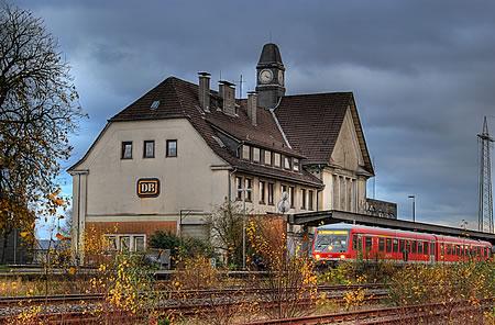 Bahnhof Remscheid Lennep - Bahnhofsgebäude