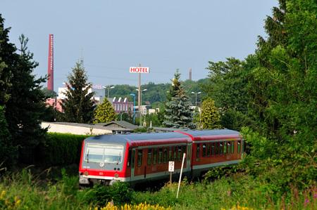 Remscheid Bökerhöhe, Bahndamm - Blick auf Jägerwald