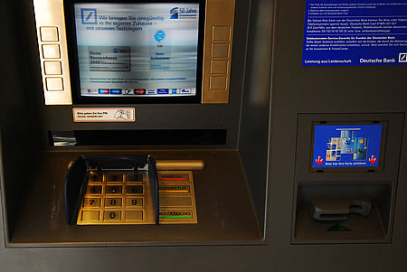Manipulierter EC Karten Automat in Radevormwald?