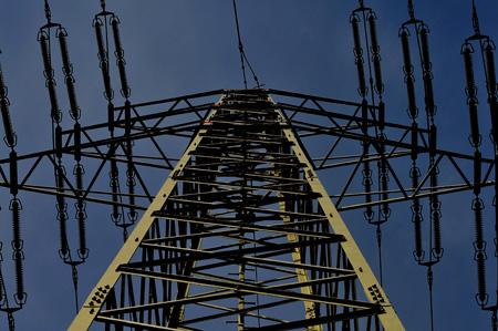 Das gemeine Stromspinnennetz - Umspannwerk Remscheid-Lennep