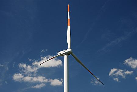 Windrad zur Stromerzeugung - Windenergie